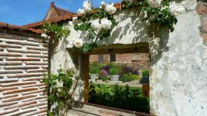 Durchblicke und Sichtachsen braucht es in jedem Garten.